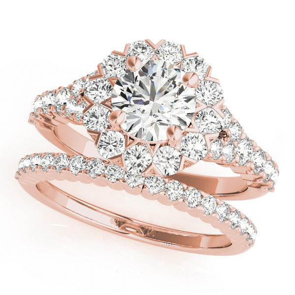 Wedding set of round cut engagement ring and a wedding band in rose gold