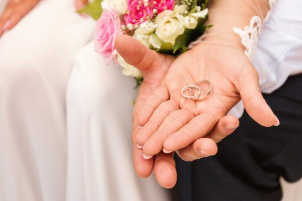 wedding bands, gold wedding rings